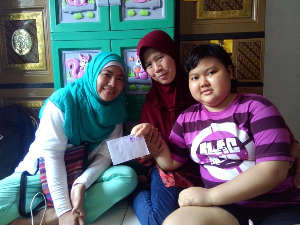 Nanda, ibunya dan Mama Taufan